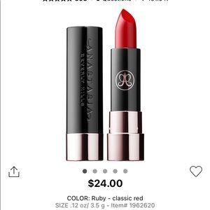New Anastasia Beverly Hills matte lipstick